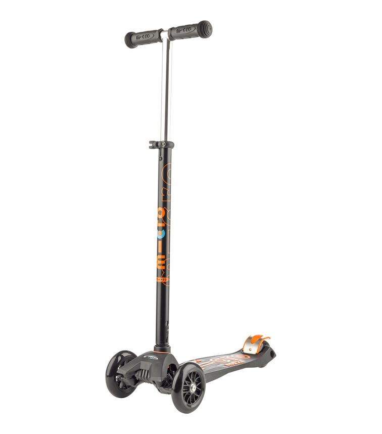 MICRO Maxi Deluxe Scooter With T-bar Black