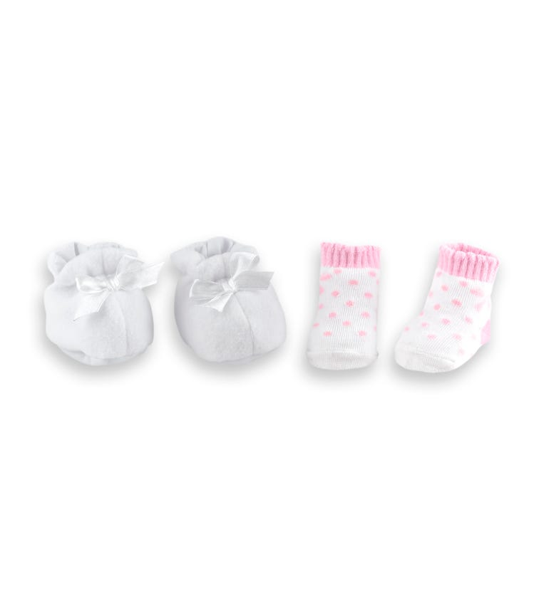 DOLLSWORLD Assorted Shoes Socks Set White