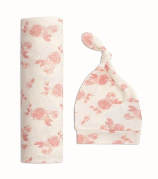 ADEN + ANAIS Snuggle Knit Swaddle Gift Set - Rosettes